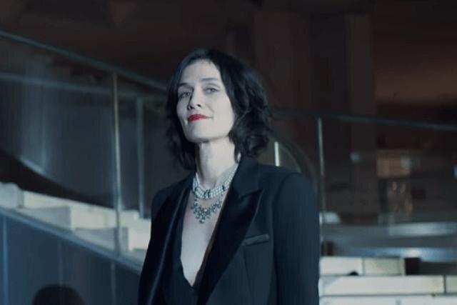 Juliette Pellegrini, en el primer episodio de 'Lupin'.