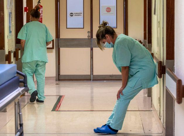 España vuelve a superar su récord de contagios, con