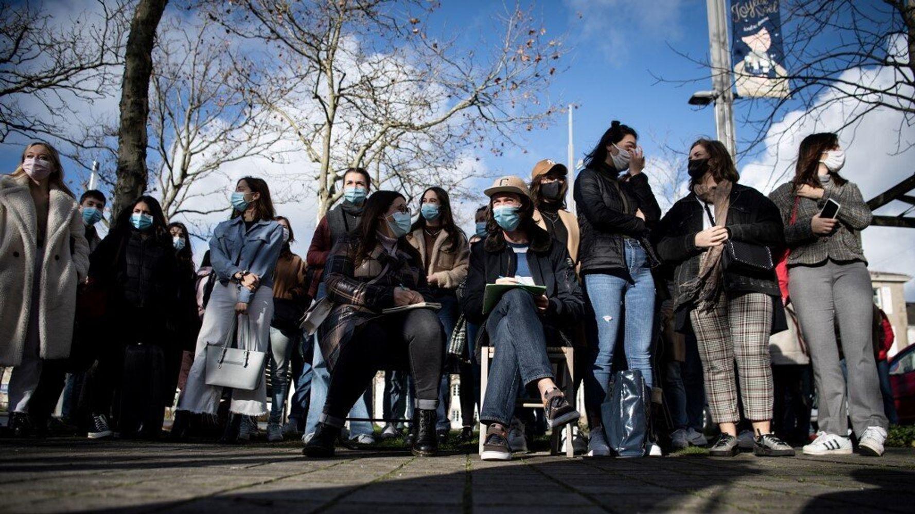 Covid-19: Castex annonce la réouverture (timide) des universités aux 1res années