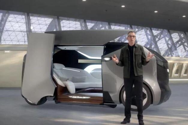 제너럴모터스(GM)가 하늘을 나는 자동차를 공개하며 미래 교통의 비전을 제시했다