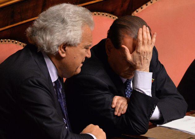 Quando per un voto mandammo Berlusconi a un concerto per