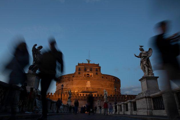 «Αδριανού περιπλανήσεις»: Στα ίχνη του Ρωμαίου
