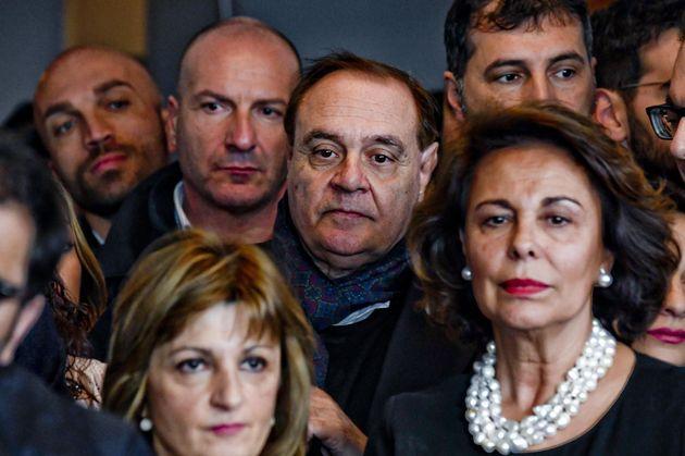 Clemente Mastella, sindaco di Benevento, ha annunciato la sua adesione a Forza Italia. Lo ha fatto nel...