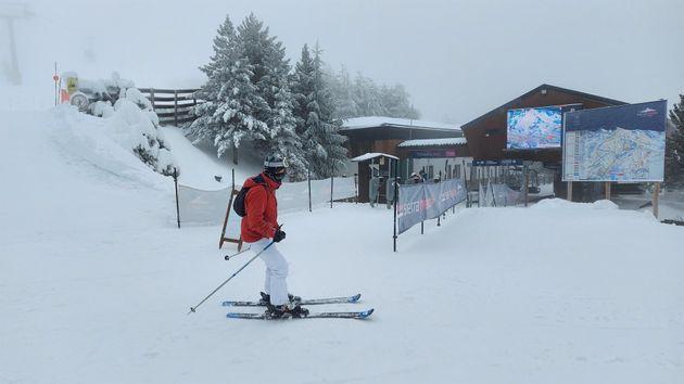 Esquiador en Sierra