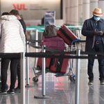 COVID-19 dans les avions: la liste des voyageurs exposés s'allonge au