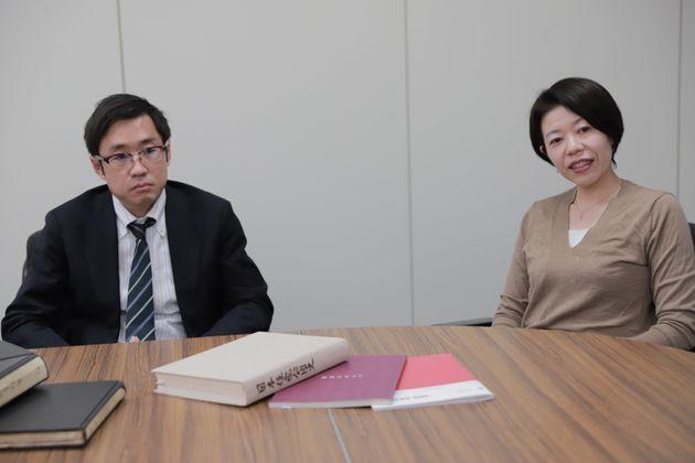 (写真左から)UR都市機構広報室広報課の阿部圭佑さん、橘亜希さん。都内だけでなく、大阪や広島、宮城まで、日本各地を一緒に取材させてもらいました。