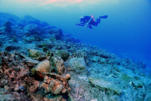 Τα αρχαιολογικά ευρήματα των ναυαγίων στον βυθό της
