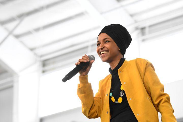 La députée Ilhan Omar est la cible fréquente du discours raciste et islamophobe de Donald Trump. (AP Photo/Susan Walsh File)