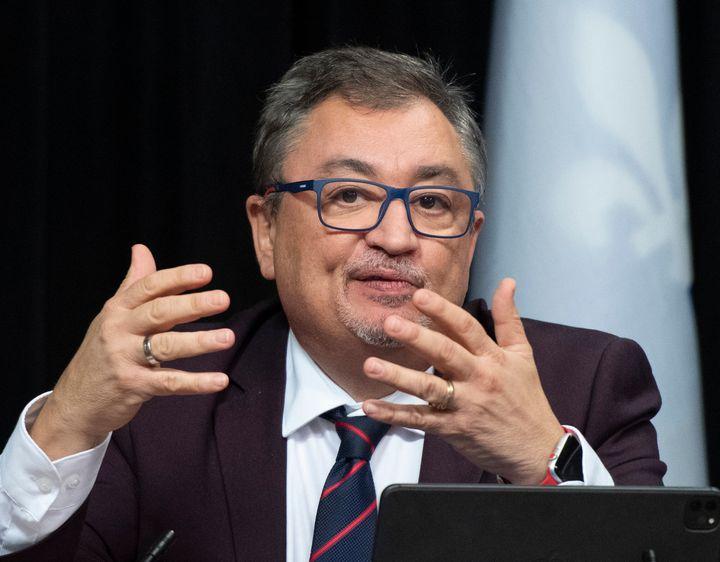 Le directeur national de santé publique, Dr Horacio Arruda