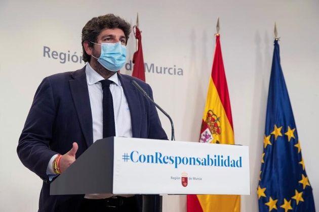 Terremoto político en Murcia: hasta los socios de Gobierno piden la dimisión del Consejero de