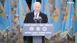 Biden si commuove nell'ultimo discorso prima del giuramento: