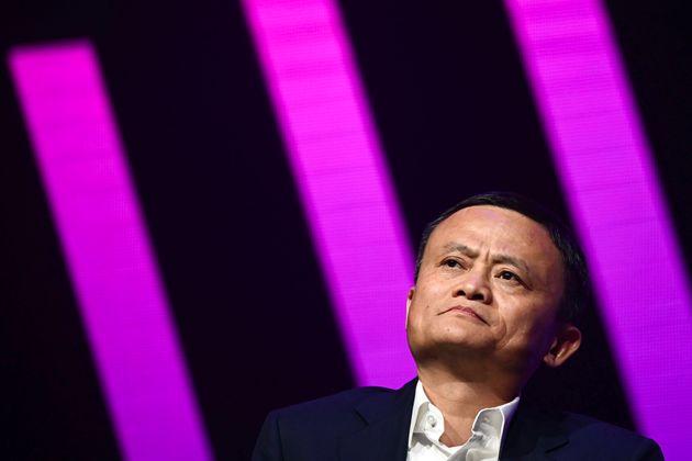 Jack Ma riappare dopo due mesi, Alibaba vola in Borsa