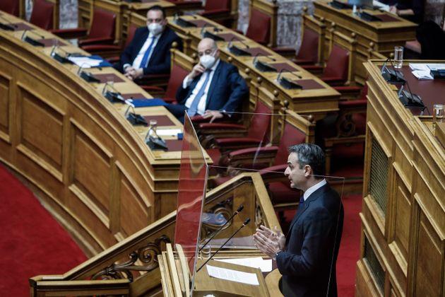 Ο πρωθυπουργός κατά την σημερινή συζήτηση στην Ολομέλεια της