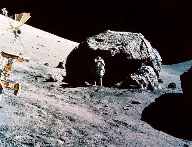 «Η Μεγάλη Περιπέτεια στο Διάστημα»: Το νέο βιβλίο του Διονύση