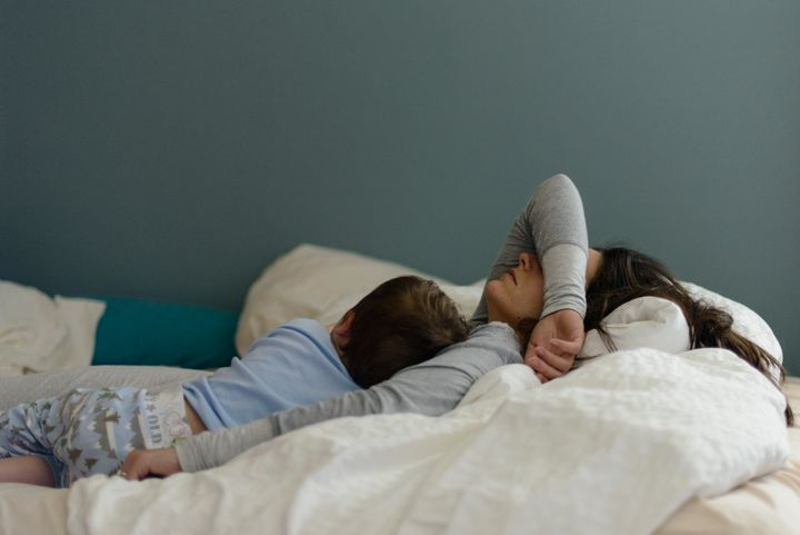 COVID-19 has taken a toll on many kiddos' bedtime routines. Here's how to cope.