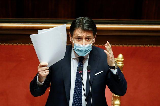 La lista della discordia Conte/Renzi. I 30 commissari per 59 opere
