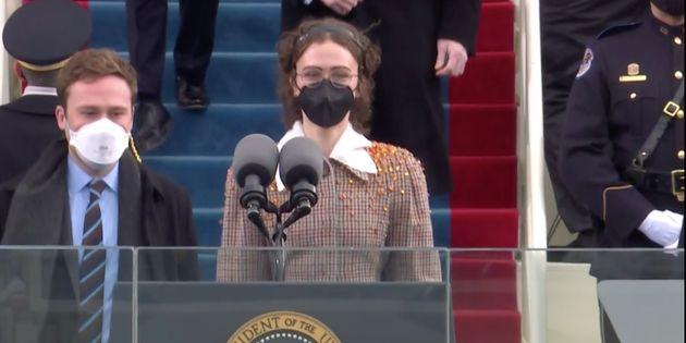 조 바이든과 카밀라 해리스 취임식에 참석한 엘라