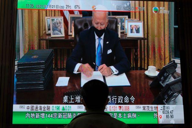 Ο Τζο Μπάιντεν υπέγραψε εκτελεστικό διάταγμα για επανένταξη των ΗΠΑ στη Συμφωνία του