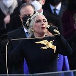 Lady Gaga spiega il significato della colomba dorata sul suo vestito per l'Inauguration