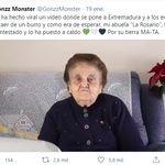 Esta abuela se vuelve viral tras destrozar a un 'youtuber' que se metió con