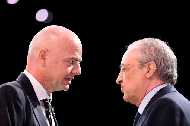 Gianni Infantino, presidente de la FIFA, y Florentino Pérez, presidente del Real