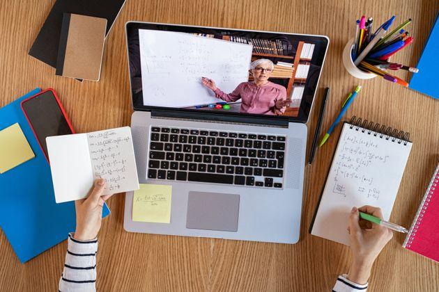 Dall' online all' offline |  guida alla didattica digitale integrata