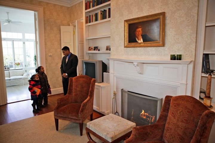 Elementary school children from the D.C. area got a tour of the the home in 2009.