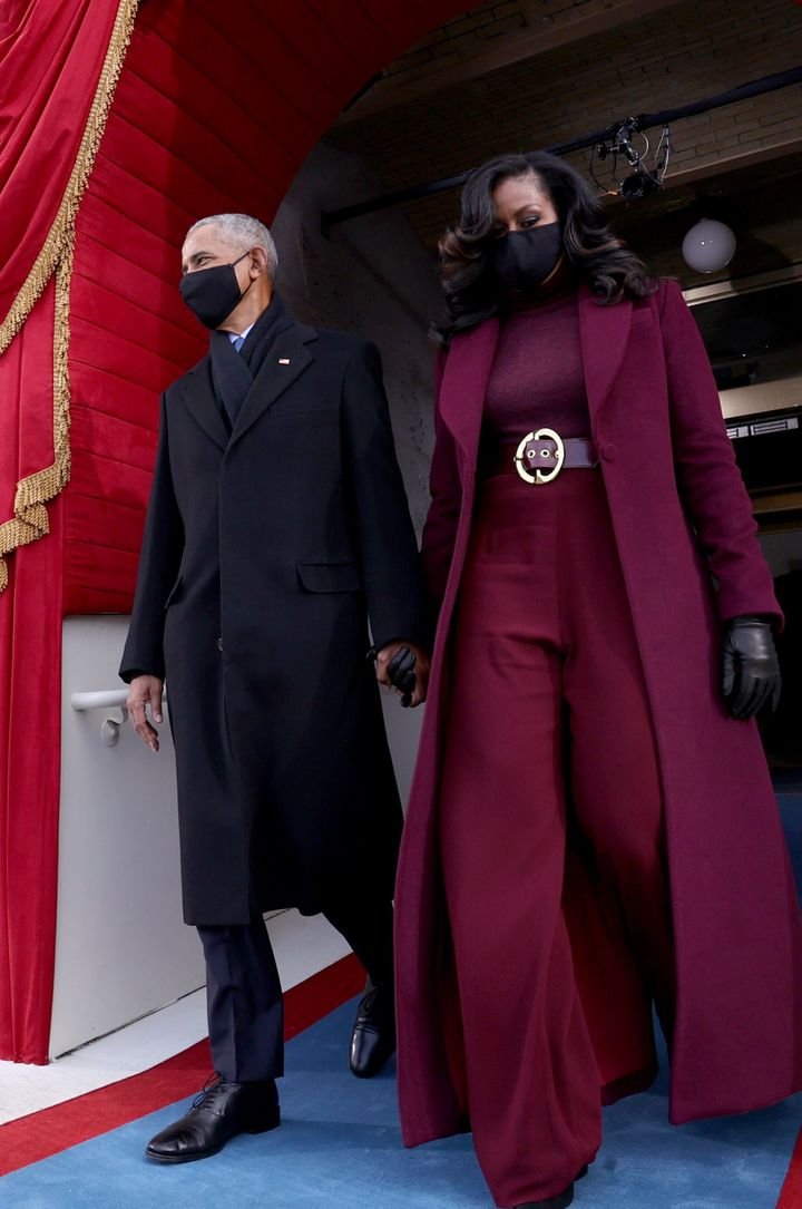 Barack and Michelle Obama arrive at the inauguration ceremony.
