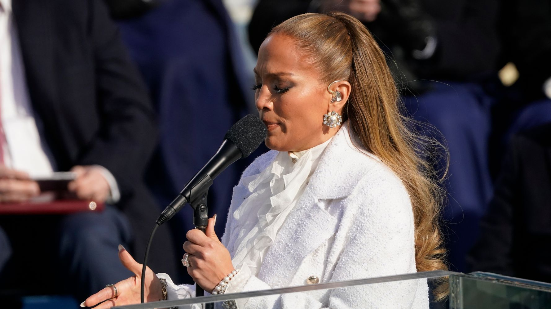Native Americans Question J. Lo Singing 'This Land Is Your Land' At Inaugural - HuffPost