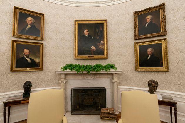新しく設置された、フランクリン・ルーズベルト氏らの肖像