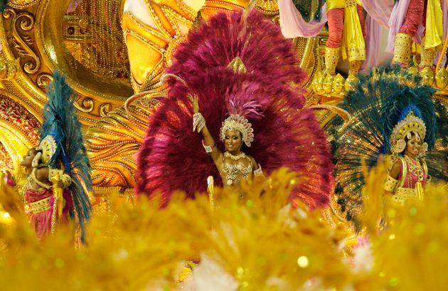 Il Covid cancella il Carnevale di Rio  Il sindaco |  ' Impossibile organizzarlo'   Non succedeva dal 1912