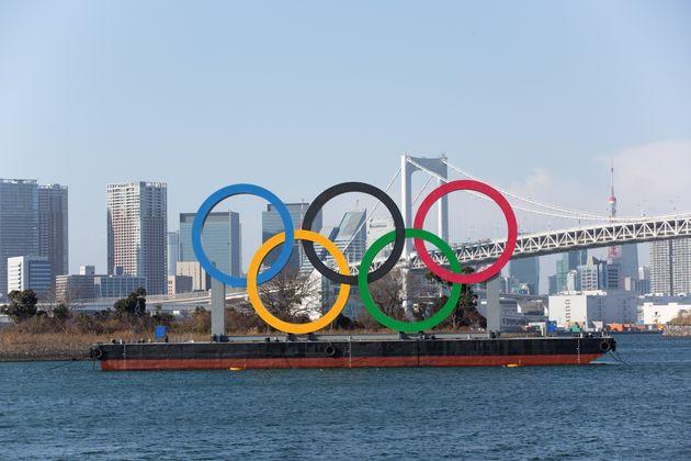 """""""Olimpiadi di nuovo cancellate"""". Ma Giappone e Cio smentiscono"""