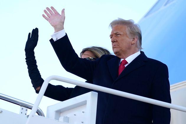 Donald Trump s'est installé sur son complexe de Mar-a-Lago à Palm Beach, en Floride, pour...