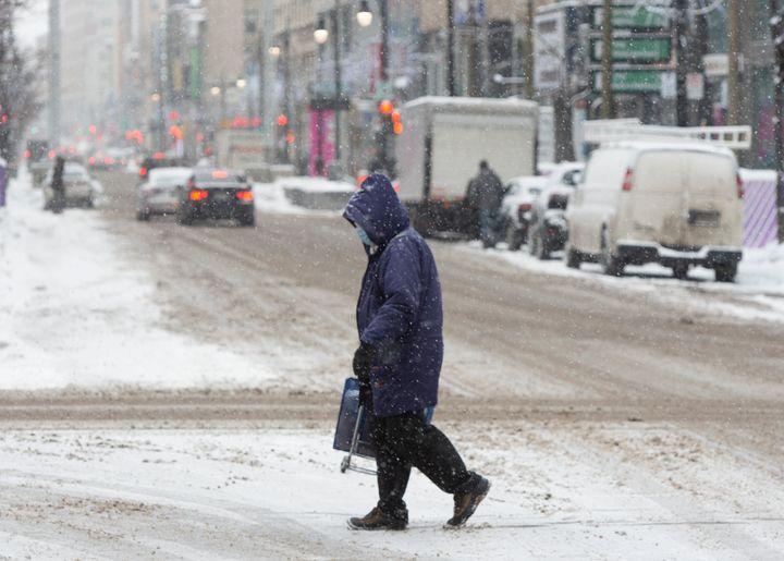 Le nombre de personnes infectées depuis le début de la pandémie s'élève maintenant à 250 491 au Québec.