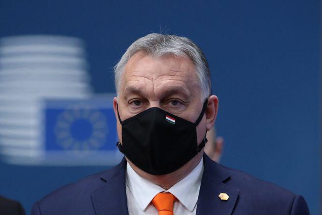 L'Ue vede rosso fuoco sul Covid, ma perdona l'Ungheria sui