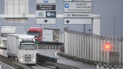 Les routiers en provenance d'Angleterre doivent s'auto-tester dans des conditions