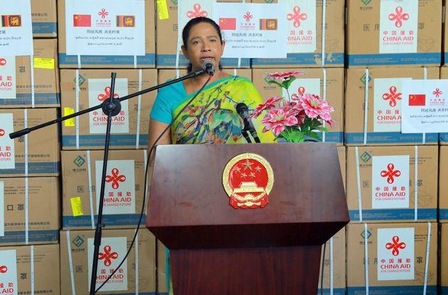 Stregoneria contro il Covid: positiva ministra dello Sri Lanka che usò una pozione