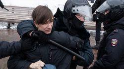 ΕΕ και ΗΠΑ καταδίκασαν τη χρήση βίας εναντίον των διαδηλωτών στη