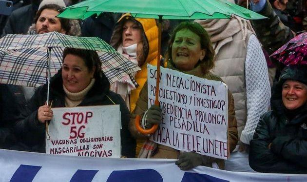 Manifestación negacionista en