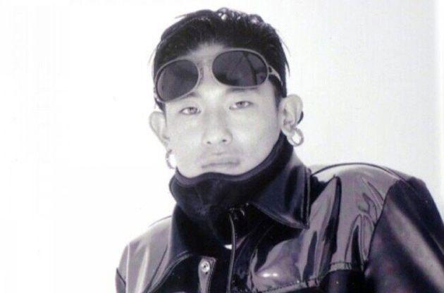 사망 직전 솔로 데뷔를 앞두고 활발한 언론 인터뷰를 벌이던 1995년 11월 중순의 김성재. 당시 그는 연예인들의 연예인이었고 패피들의 패피였다. 한겨레