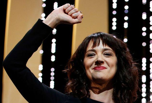 Asia Argento en la ceremonia de clausura del Festival de Cannes de