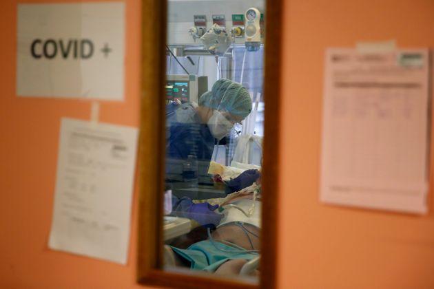 Photo d'illustration prise à l'hôpital Bichat à Paris le 2 décembre