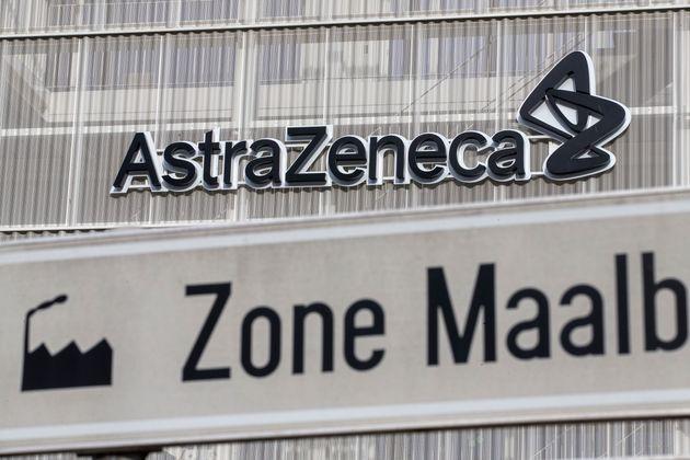 L'Union européenne a haussé le ton contre AstraZeneca qui a annoncé des retards...