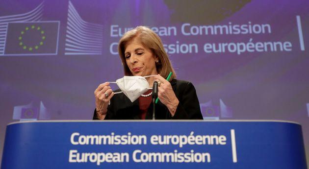 La comisaria europea de Salud, Stella