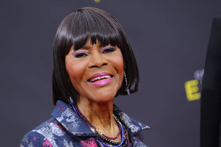 """Actor Cicely Tyson, who gained an Oscar nomination for her role as the sharecropper's wife in """"Sounder,"""" di"""