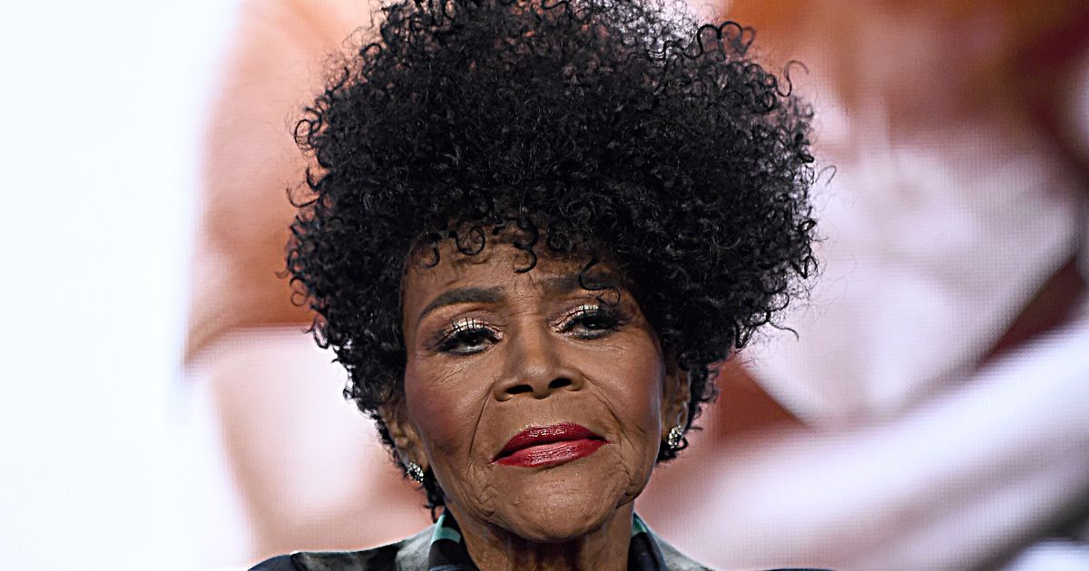 Tributes Pour In For Cicely Tyson: 'A Visionary, A Leader, A Lover'