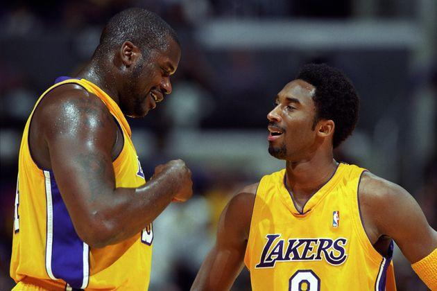 Shaquille O'Neal et Kobe Bryant lors d'un match NBA contre les Chicago Bulls au