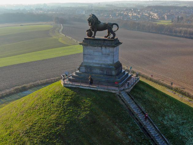 Destinazione Napoleone: viaggio fra luci e ombre dell'imperatore a 200 anni dalla