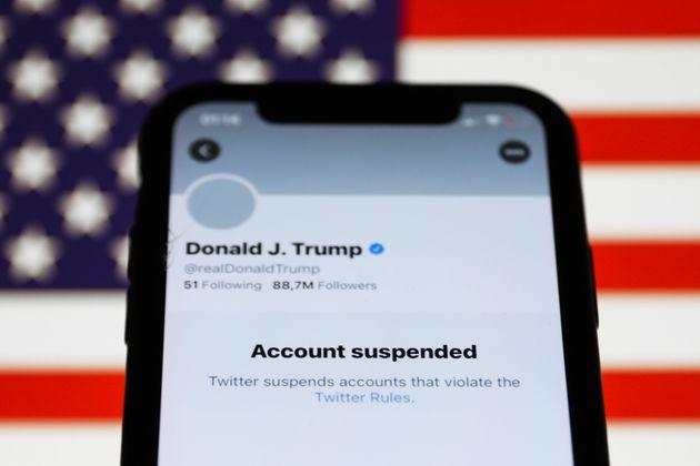 Δικαιούται το Twitter να αποκλείει τον πρόεδρο της Αμερικής; Τα τρία αυτόνομα επίπεδα
