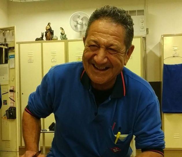 Santos González, trabajador de Metro de
